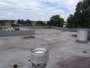 realizacja demontażu starego pokrycia dachowego