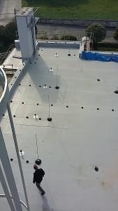 Montaż pokrycia dachowego z membrany PVC